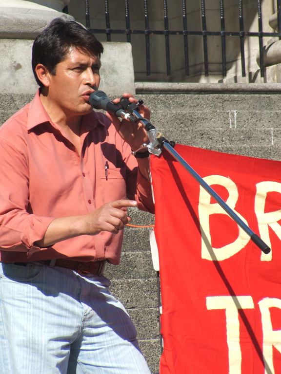 Heriberto, guest speaker from the San Salvador Atenco, Mexico peoples movement brought solidarity greetings